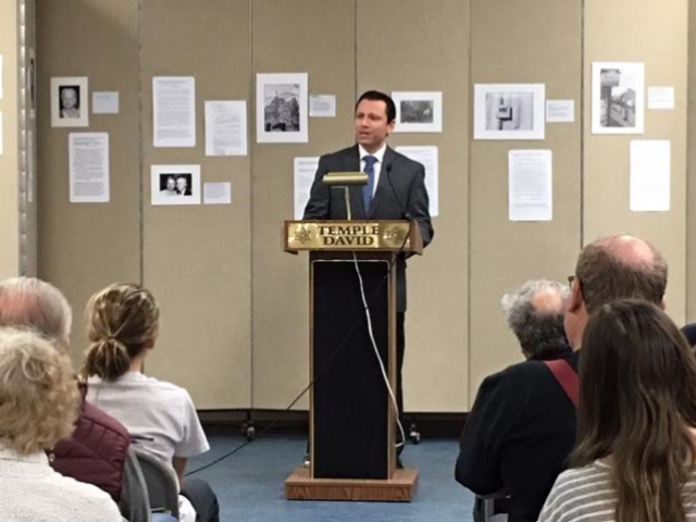 Mayor Gresock addresses Temple David